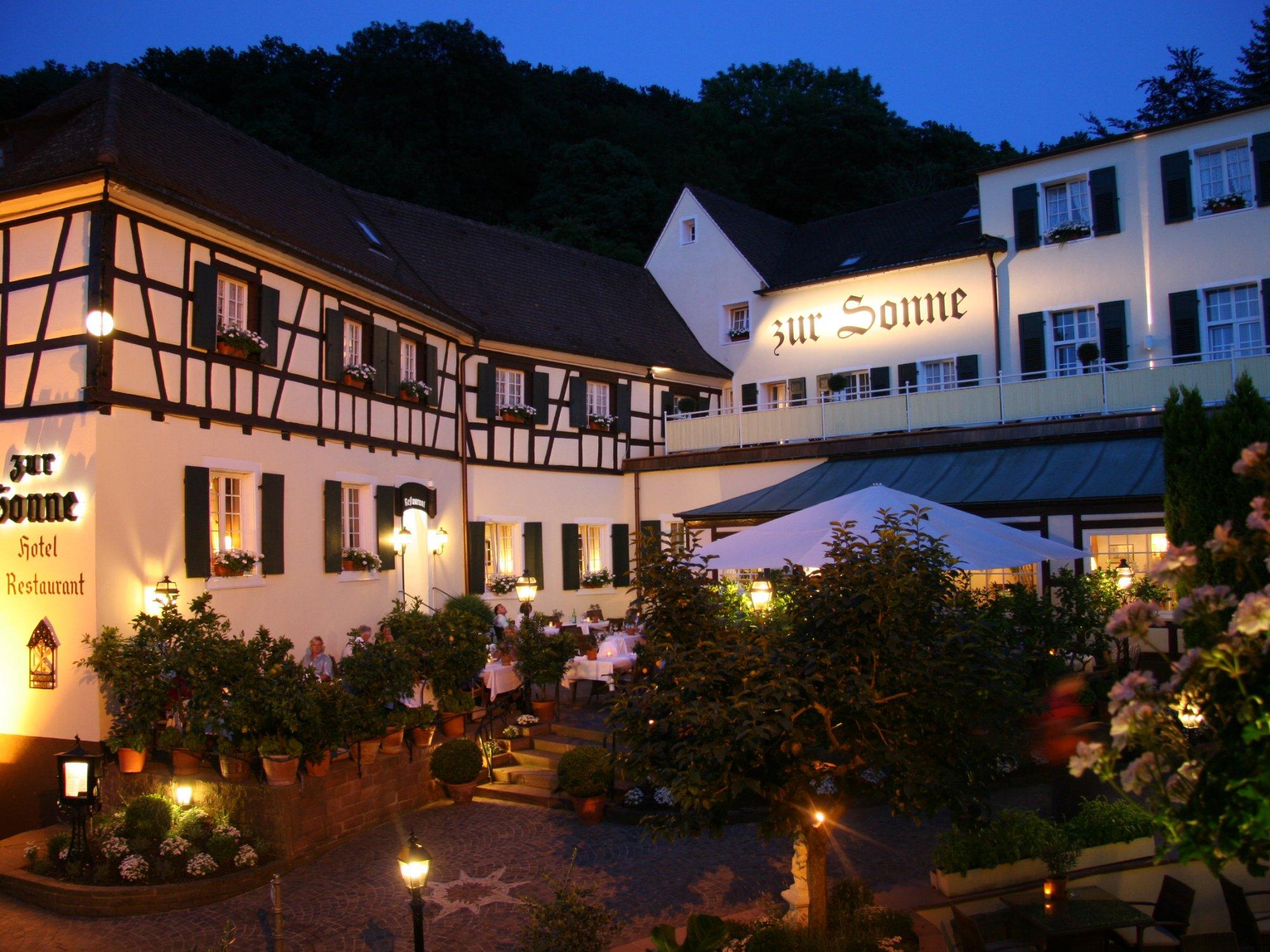 Ihr romantik hotel in badenweiler romantik hotel zur sonne for Romantik hotel